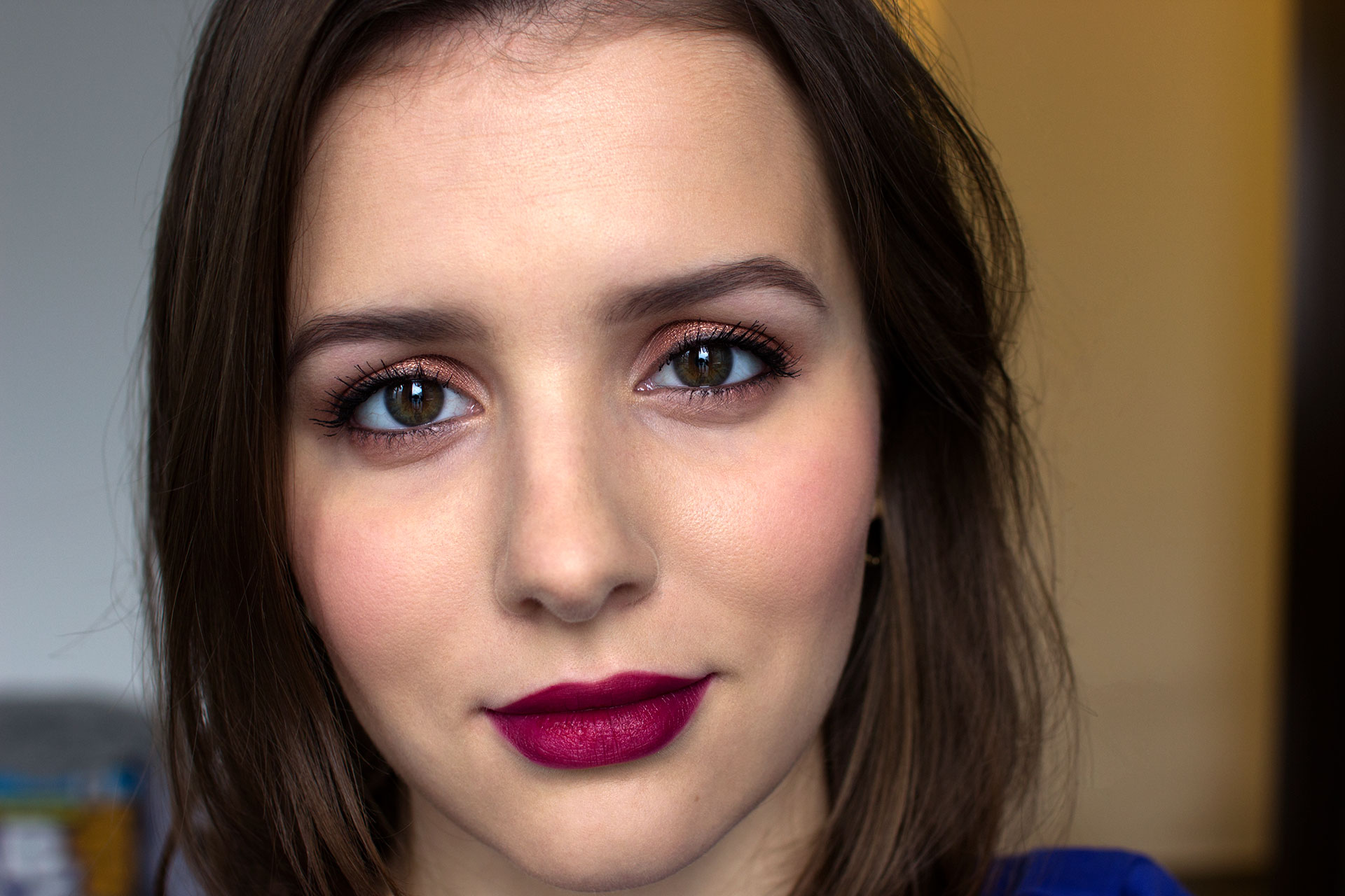 how to make your face less oily when wearing makeup